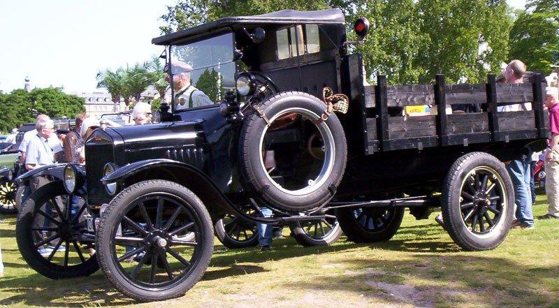 1919 ford model tt truck