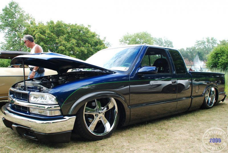 chevy s10 pickup