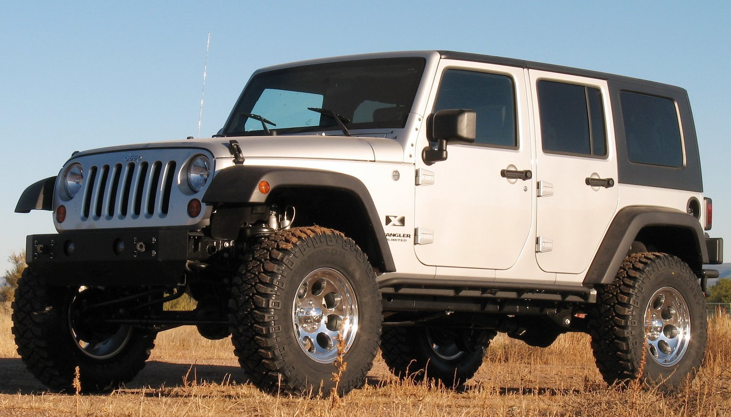 9 Body Lift Kits Reviewed That Will Give You Maximum Clearance for Cheap